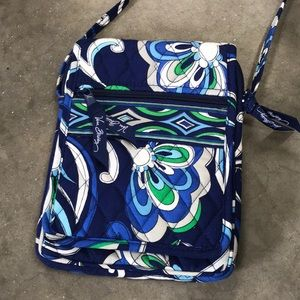 Brand new Vera Bradley crossbody purse